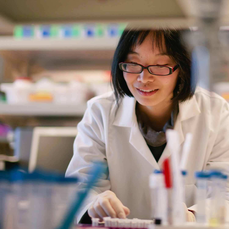 female_lab_worker_looking_at_samples